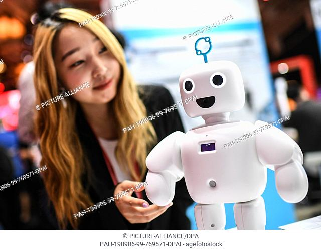 06 September 2019, Berlin: On the first public day of the IFA, the world's largest trade fair for entertainment and consumer electronics