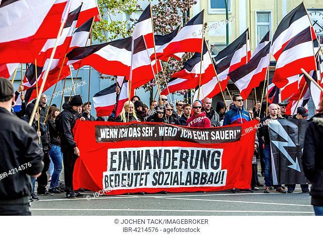 Protest, right-wing extremists marching, Essen, May 1 2015, German Empire flag, Deutsches Reich, Essen, North Rhine-Westphalia, Germany