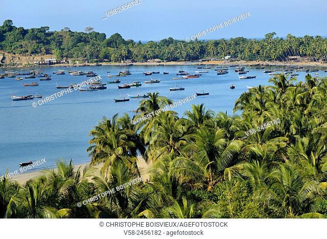Myanmar, Rakhine State, Ngapali surroundings, Lon Tha bay