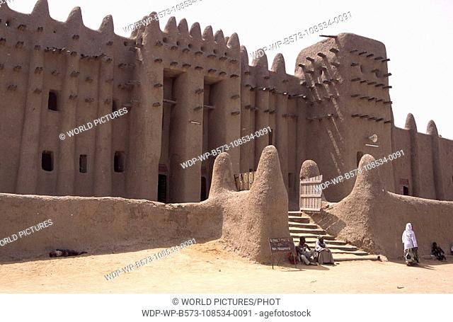 The Grande Mosque, the world's biggest mud-brick building, Djenne, Mali Date: 08/12/2007 Ref: WP-B573-108534-0091 COMPULSORY CREDIT: World Pictures/Photoshot