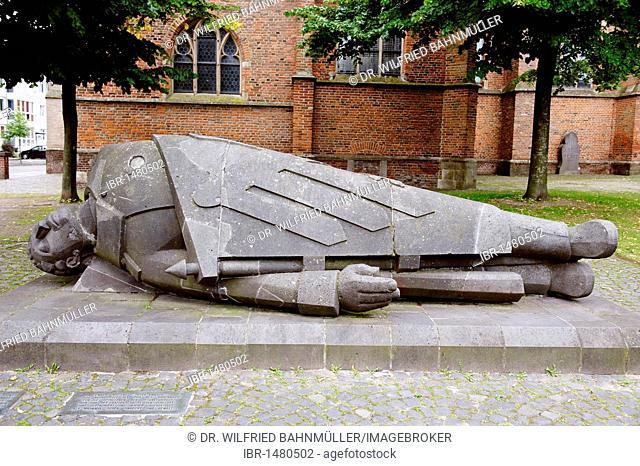 Toter Krieger, dead warrior by Ewald Matare, 1934, Kleve, North Rhine-Westfalia, Germany, Europe