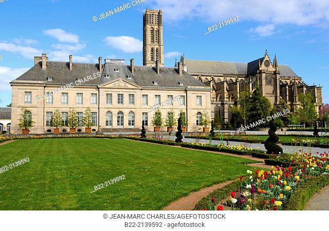 The Fine Arts Museum, musée des Beaux-Arts, The cathedral Saint-Etienne, Limoges, Haute-Vienne, Limousin, France