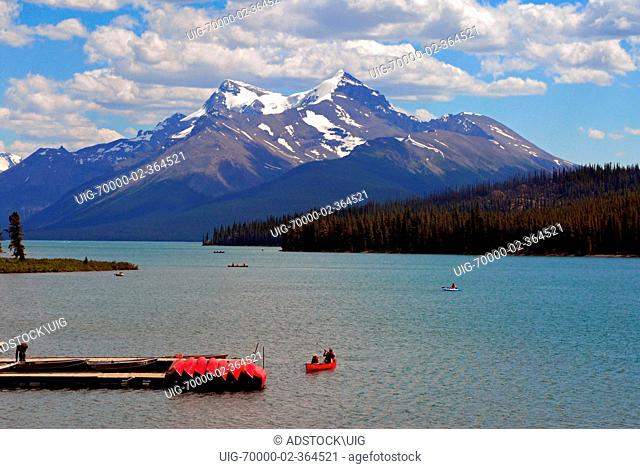 Boaters on Maligne Lake Maligne Lake 10