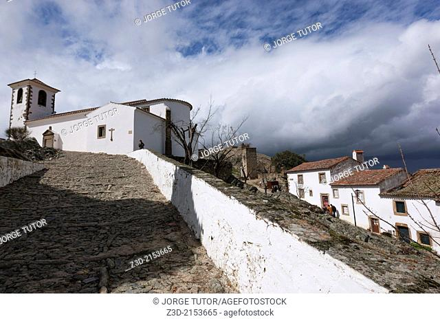 Church of Santiago and white houses, Marvao, Region Alentejo, Portugal