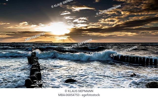 Groyne breaking the waves