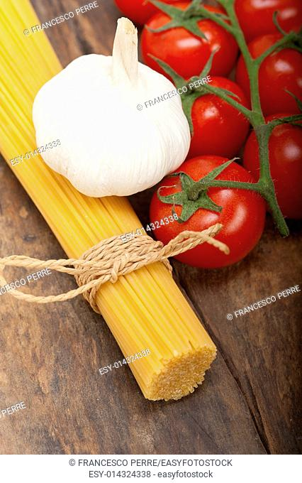 Italian basic pasta fresh ingredients cherry tomatoes garlic