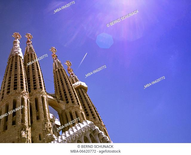 Sagrada Familia, detail, towers, blue heaven