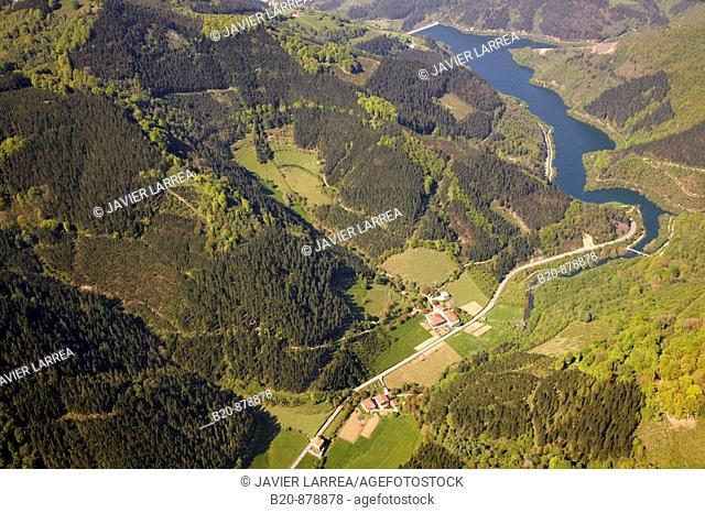 Ibaieder reservoir, Matxinbenta, Azpeitia, Guipuzcoa, Basque Country, Spain