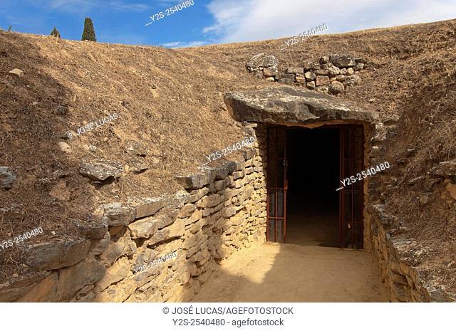 Dolmen El Romeral (1800 BC), Antequera, Malaga province, region of Andalusia, Spain, Europe