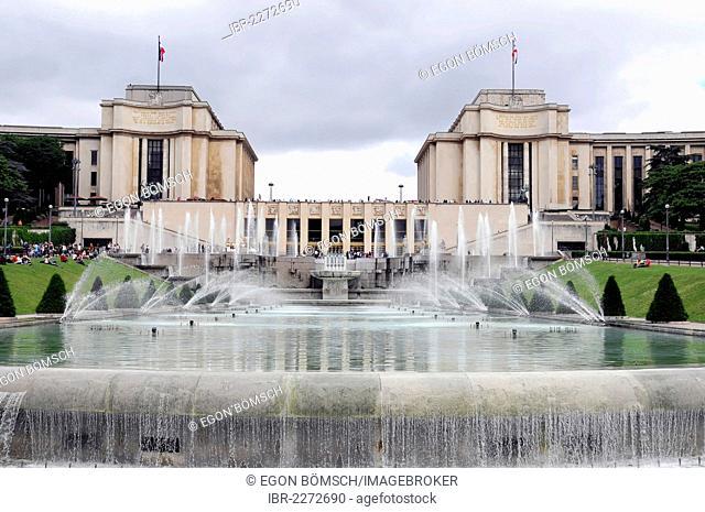 Fountains in the Jardins du Trocadero park, Paris, France, Europe