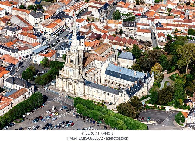 France, Vendee, Lucon, Notre Dame de l'Assomption cathedral (aerial view)