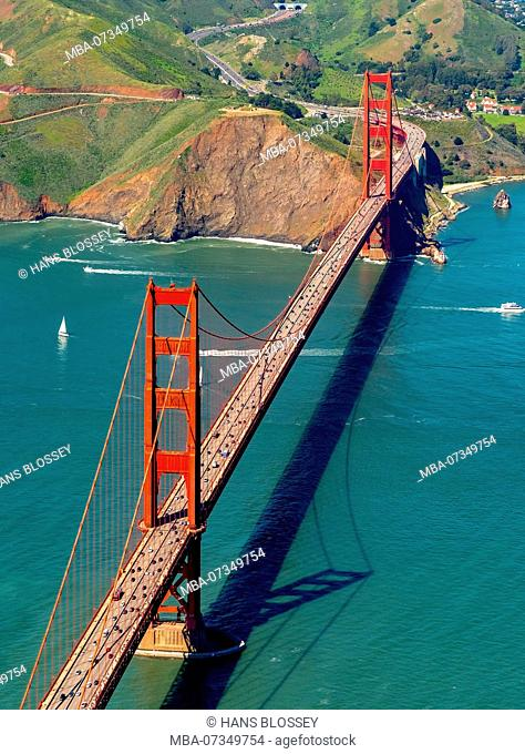 Golden Gate Bridge seen from the Pacific side, San Francisco Bay Area, United States of America, California, USA