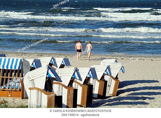 D, Germany, Mecklenburg Western Pomerania, Rügen, Ruegen, Isle, Baltic Sea, Binz, Holiday, Spring, Springtime, Tourists, Persons, Beach, Beach Chairs