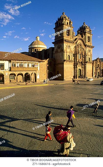 Peru Cuzco Plaza de Armas La Compania