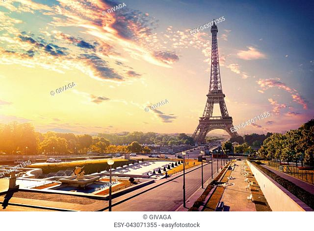 View on gardens Trocadero and Eiffel tower at sunrise, Paris