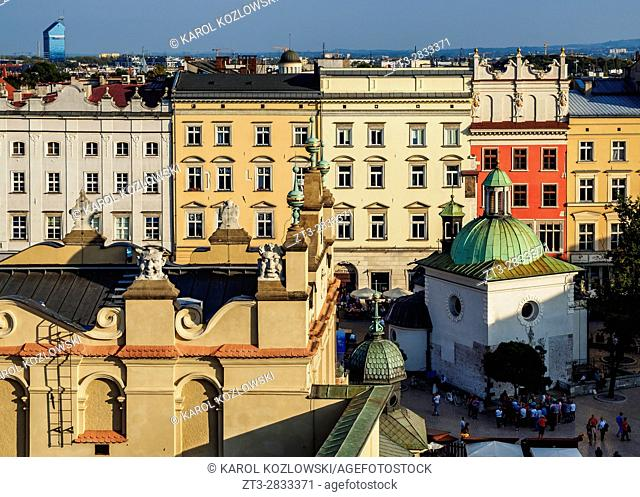 Poland, Lesser Poland Voivodeship, Cracow, Elevated view of the Main Market Square