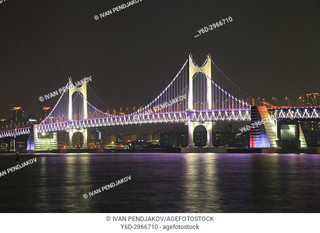 Gwangandaegyo Bridge at Night, Busan, South Korea