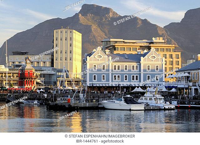 View of Quay 4, V & A Waterfront and Table Mountain, Cape Town, Western Cape, South Africa, Africa