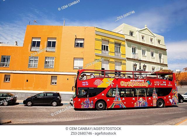 City tour bus by the Promenade in Campo del Sur Avenue, Atlantic Ocean, Cádiz City, Andalusia, Spain, Europe