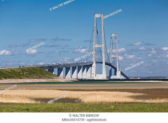 Denmark, Zealand and Funen, Storebaelt, Great Belt Fixed Link Bridge conncts Zealand and Funen