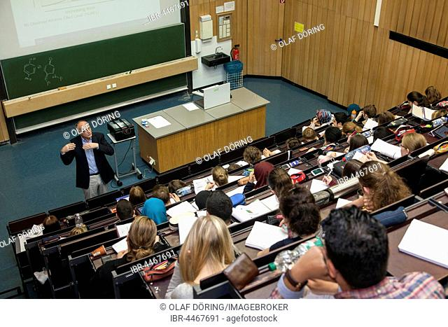 Professor and students during a lecture in the auditorium, Heinrich-Heine University, Düsseldorf, North Rhine-Westphalia, Germany