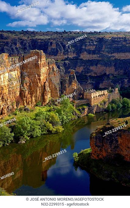 Hoces del Duraton, Duratón river gorges, Nuestra Señora de la Hoz monastery, Hoces del Río Duratón Natural Park, Segovia province, Castilla-Leon, Spain