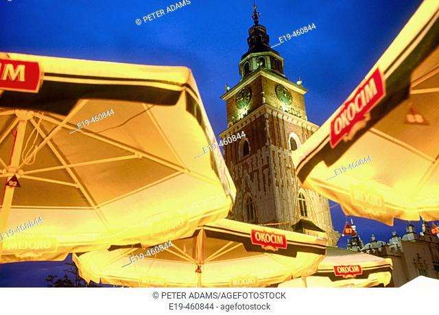 Bazylika Mariacka (St. Mary's Basilica), Main Square, Krakow, Poland