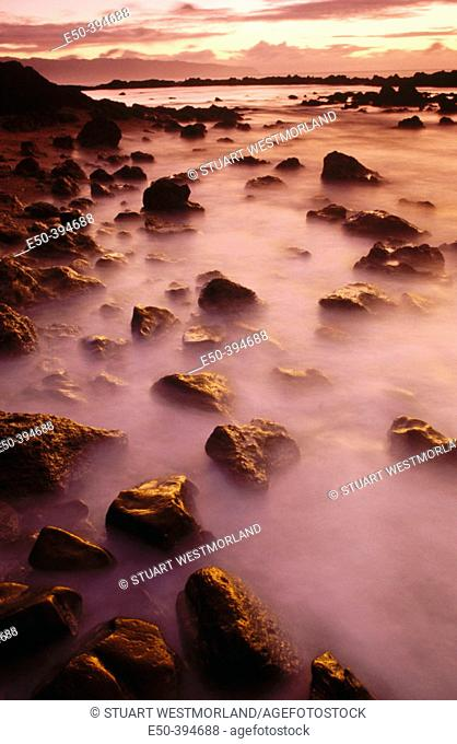 Rock formations, storm surf near Pupukea beach Park. North shore, Oahu. Hawaii. USA