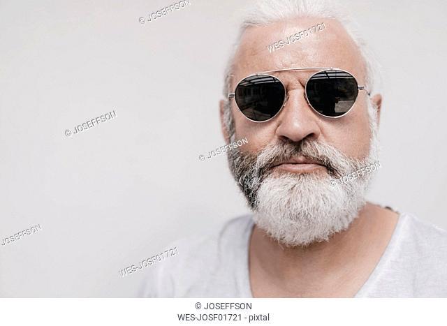 Portrait of mature man wearing sunglasses