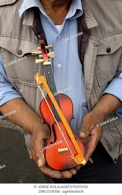 Violin-toy, Mexico City, Mexico