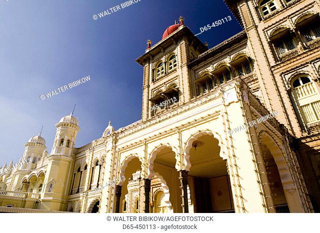 Majaraja's Palace (b.1912-Henry Irwin, British Architect). Exterior. Daytime. Mysore. Karnataka. India
