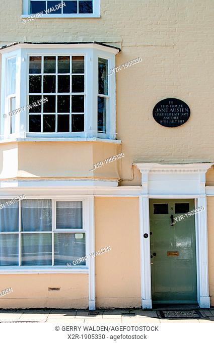 Jane Austens house in Winchester, Hampshire, England  Jane Austen spent the end of her life in this house and died here in 1817  The blue plaque over the door...