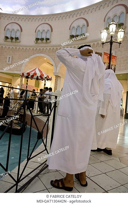 Qatar - Doha - Villagio - Villaggio, gondolania theme park and shopping mall, with shops, supermarket, indoor theme park, ice rink in Aspire Zone