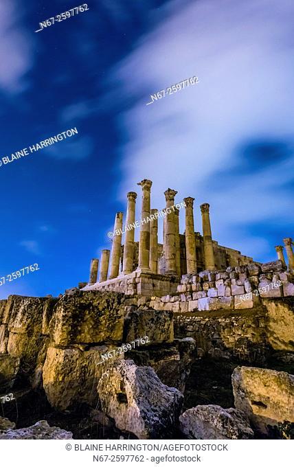 Temple of Zeus at night, Greco-Roman ruins, Jerash, Jordan