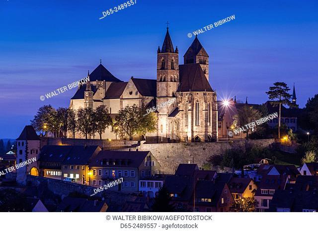 Germany, Baden-Wurttemburg, Black Forest, Breisach, St. Stephansmunster cathedral, built 15th century, elevated view, dusk