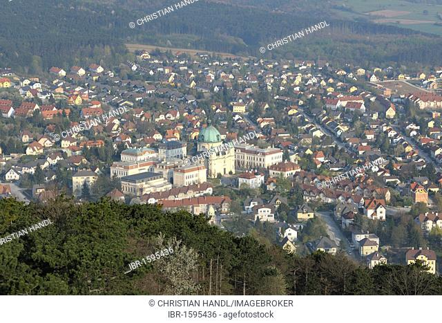 View of Margaretenkirche church, Guglzipf lookout, Berndorf, Triestingtal valley, Lower Austria, Austria, Europe