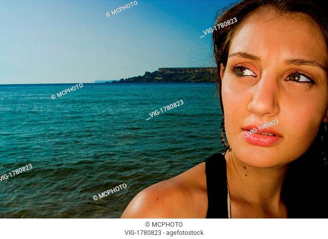 A portrait of a beautiful young Maltese woman. - 08/08/2007