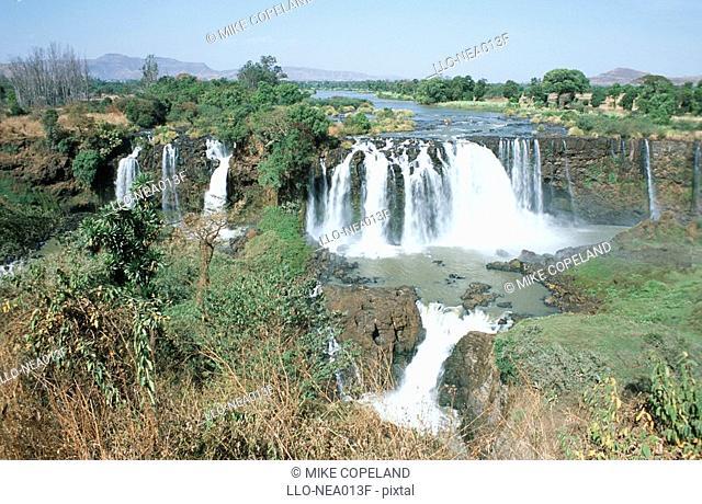 Scenic View of the Rushing Tis Abay Waterfall  Blue Nile Falls Near Bahir Dar, Ethiopia