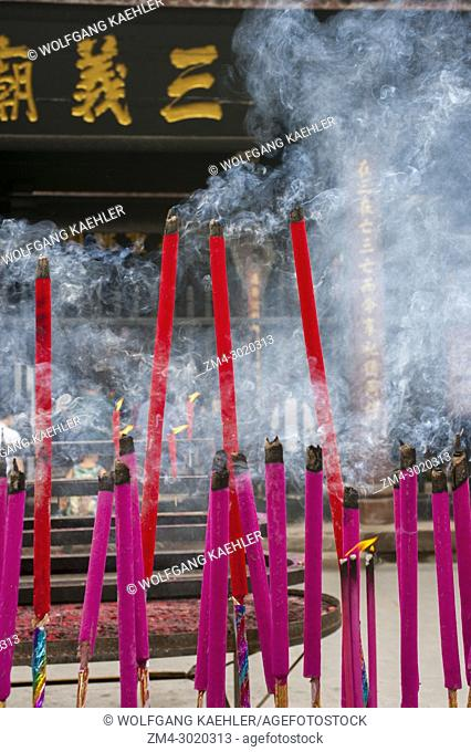 Incense offerings at the Sanyi Temple, Wu Hou Monastery in Chengdu, Sichuan Province in China