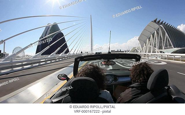 A couple in a cabrio in Valencia