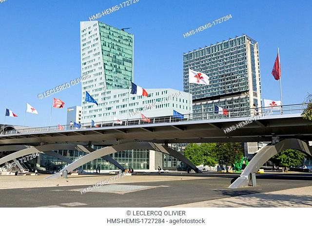 France, Nord, Lille, Credit Lyonnais and WTC towers