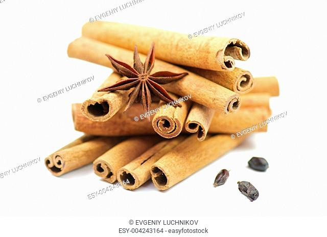 Cinnamon sticks and anise with barberry
