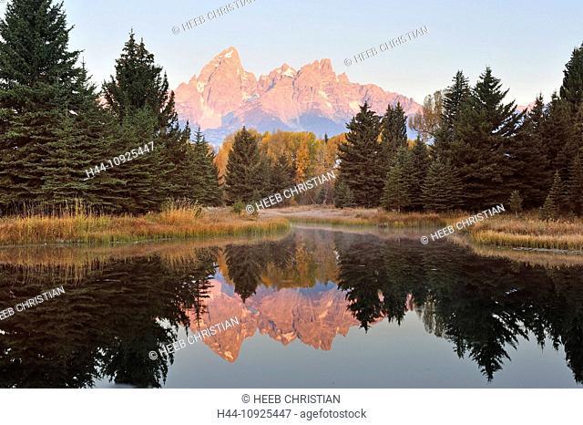 Rocky mountains, Peak, Tetons, reflection, water, mountains, alpenglow, first light, pink, autumn, wilderness, Snake River, river, Teton Range, Grand Teton
