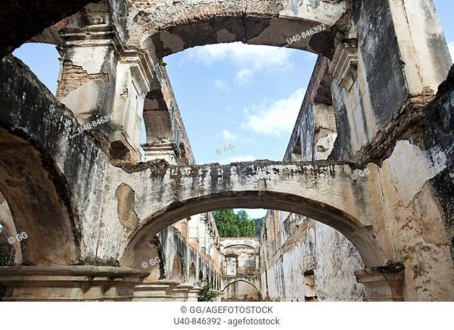 Guatemala, Antigua, Santa Clara ruins