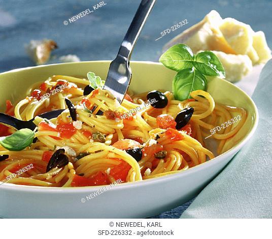 Spaghetti alla puttanesca with olives, tomatoes & capers