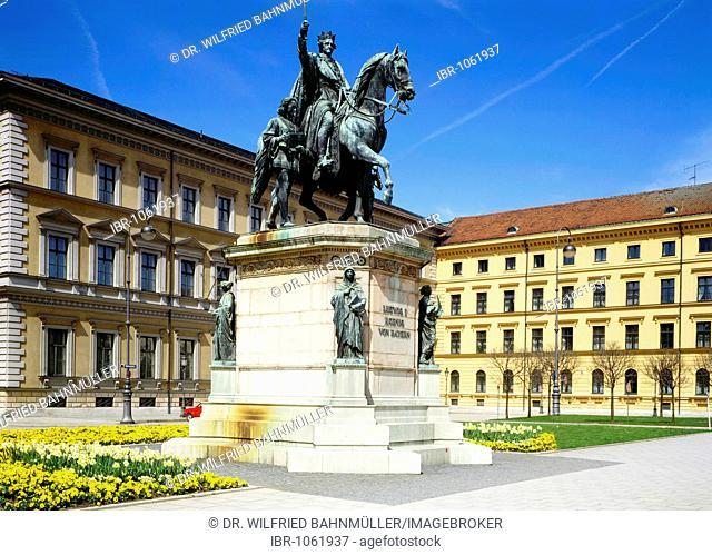 Memorial to King Ludwig I of Bavaria by Max Widmann, 1862, Odeonsplatz Square, Munich, Bavaria, Germany, Europe