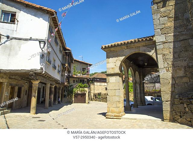 Traditional architecture. San Martin del Castañar, Sierra de Francia Nature Reserve, Salamanca province, Castilla Leon, Spain