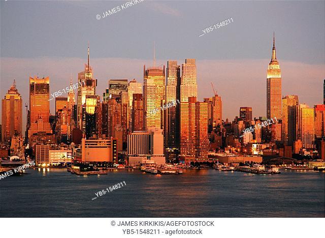 Twilight in Manhattan