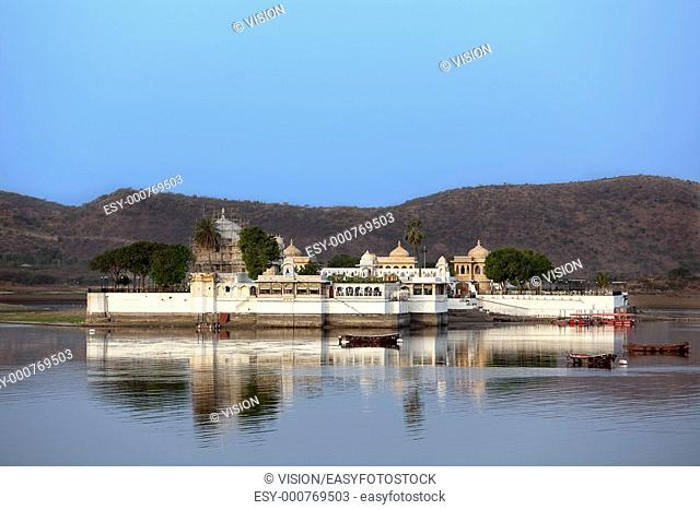 view of the lake of Udaipur in rajasthan state in india