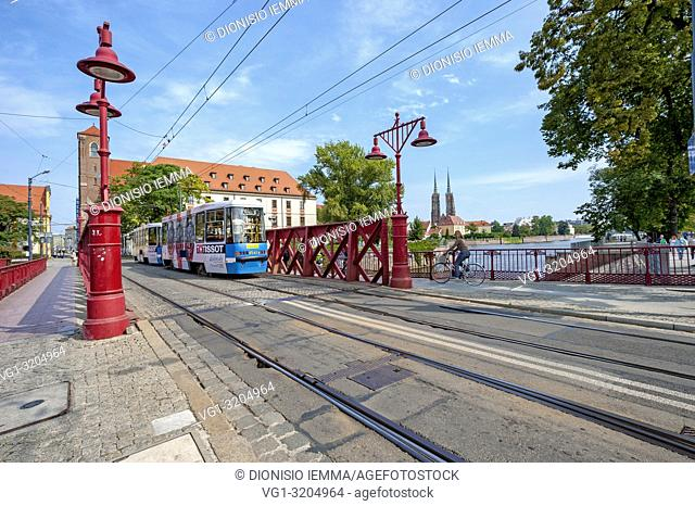 Wroclaw, Poland, Polska, Lower Silesia, Dolnoslaskie, Piaskowy bridge on the river Oder, Europe